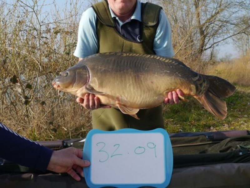 Fish 69 stocked at 32lb 09oz