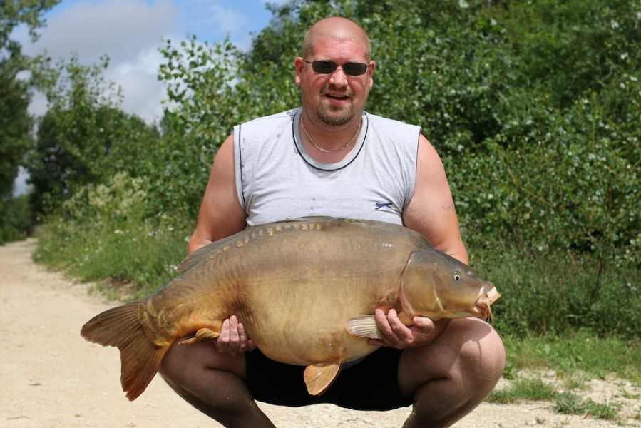 Adam Scott with Ron's at 46lb Tea party 1