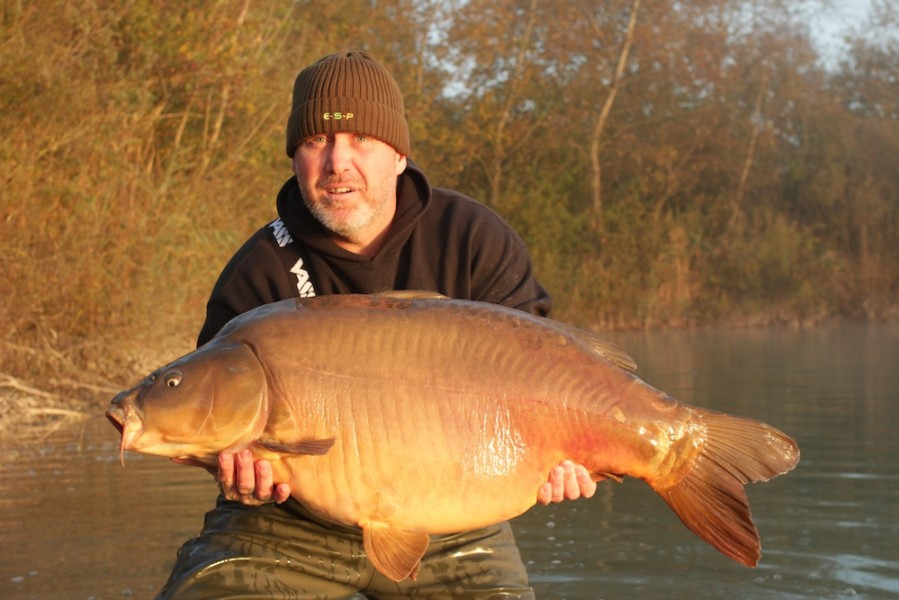 Dean Cullen with his new PB and a new 50 for the Road Lake Ron's at 51.08oz