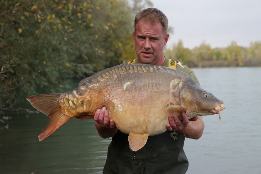 Ian Young, 37lb 8oz, Tea Party, 20.10.18