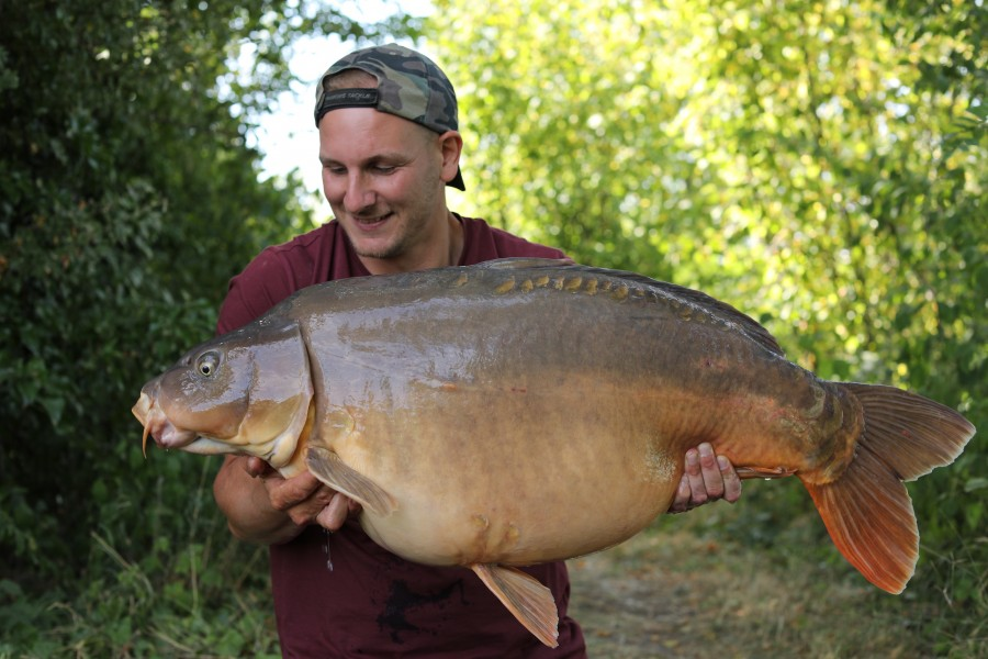 Rob Burgess with Big Shack at 50lb 2oz from Eastwoods 20/7/19