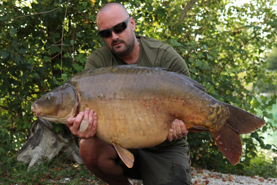 Wayne Baker with Errol at 46lb from Tea Party 1 20/7/19