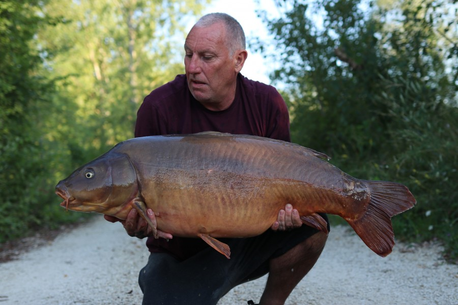 Dave watts with 4 scale at 43lb from Tea Party 17/8/2019