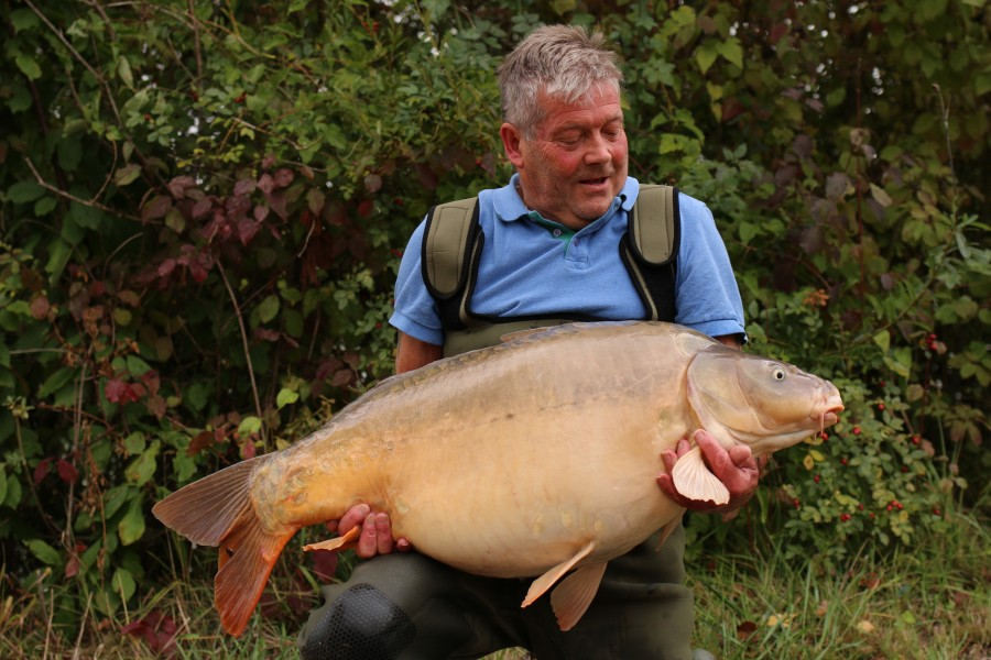 Graham with Erroll at 48lb 8oz............